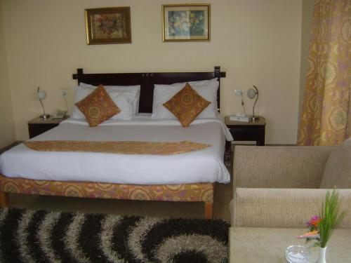 Cataract Pyramids Resort foto della camera
