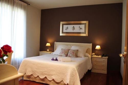Doppel- oder Zweibettzimmer Villa Mencia 2
