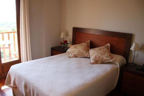 Doppel- oder Zweibettzimmer Villa Mencia 1