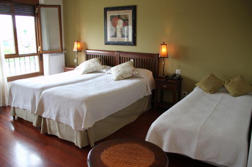 Quadruple Room Villa Mencia 8