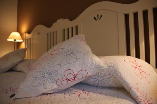 Doppelzimmer (2 Erwachsene + 1 Kind) Villa Mencia 3