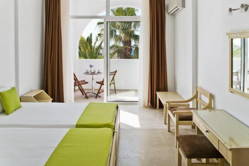 Makarios Hotel istabas fotogrāfijas