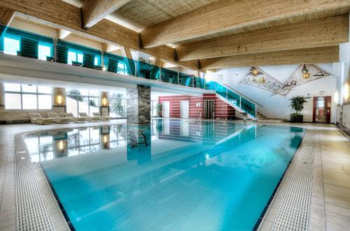 Appartement & Suiten Hotel Glöcknerin - Accommodation - Obertauern