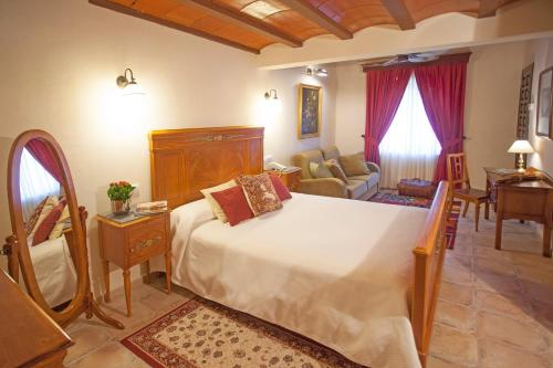 Superior Double Room - single occupancy Hotel Rural Masía la Mota 12