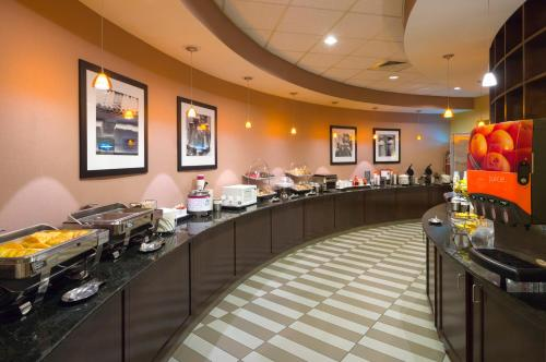Hampton Inn And Suites Hershey - Hershey, PA 17033