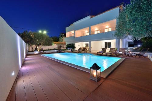 Villa Nodi