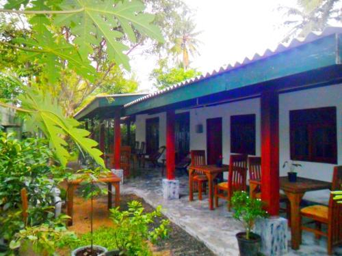Weligama Bay Eco Villa Mirissa