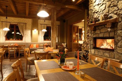 Hotel a restaurace Palfrig - Stará Ves nad Ondřejnicí