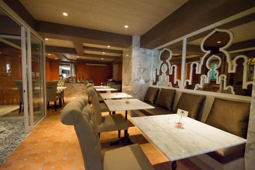 Khaosan Palace Hotel photo 24