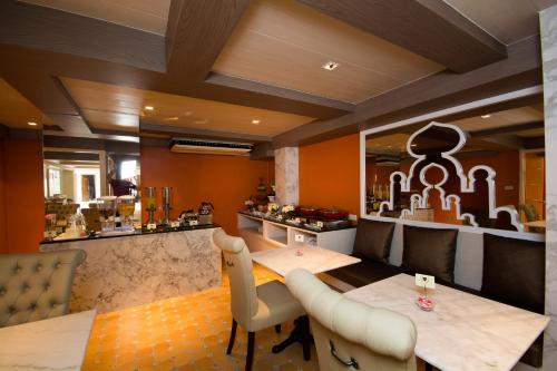 Khaosan Palace Hotel photo 25