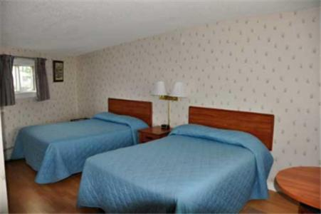 Lincoln House Motel - Lincoln Maine - Lincoln, ME 04457
