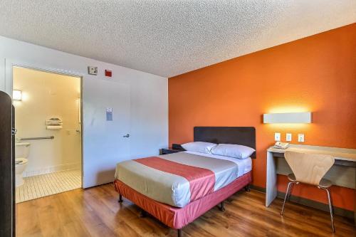 Motel 6 Pleasanton - Pleasanton, CA 94588