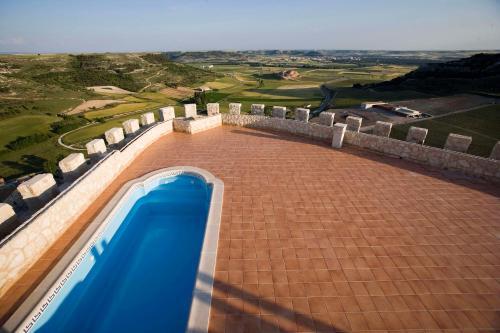 . Residencia Real del Castillo de Curiel