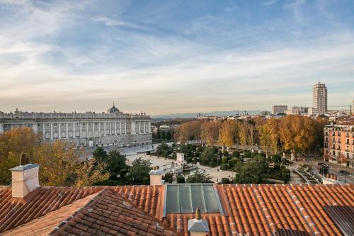 Habitación Doble Deluxe Hostal Central Palace Madrid 21