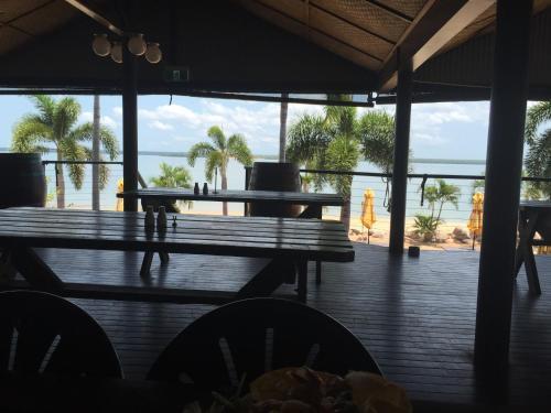Фото отеля Crab Claw Island