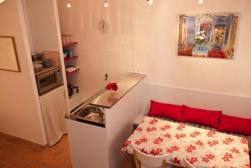 Studio Apartment Centre Historique - Location saisonnière - Arles