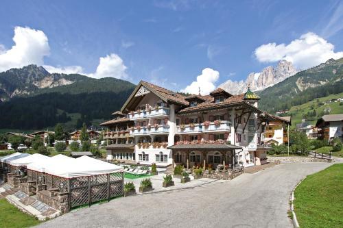 Family Hotel Diamant Campitello di Fassa