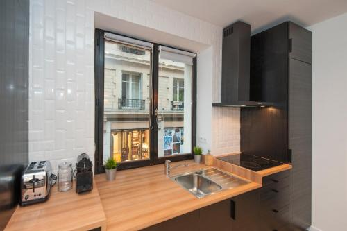 Pick a Flat - Le Marais / Saint Paul apartment photo 7