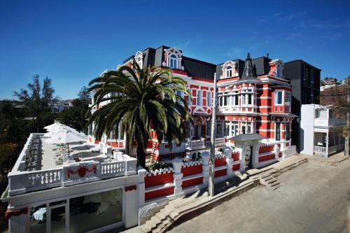 Calle Montealegre 149, Valparaíso, Chile.