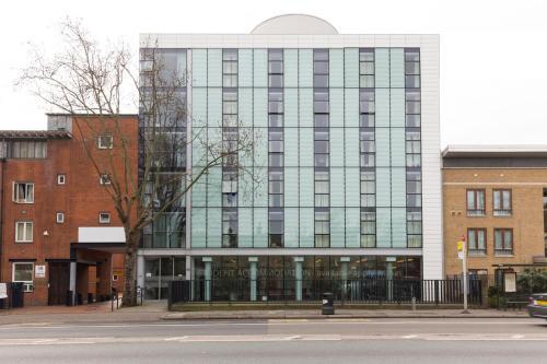 Davies Court (Canary Wharf) Docklands
