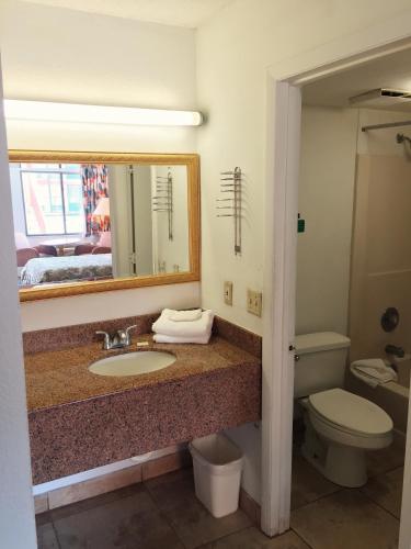 Ambassador Inn - Kissimmee, FL FL 34741