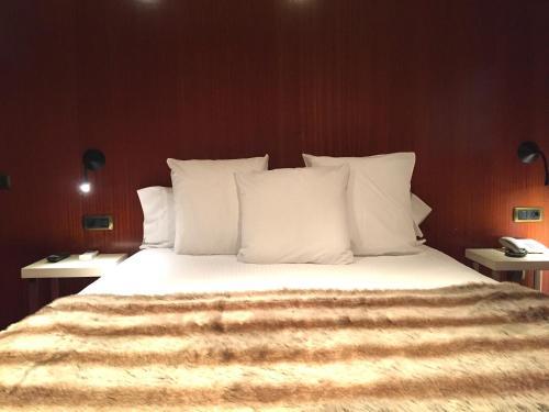 Suite con chimenea y acceso al spa Hotel Del Lago 24