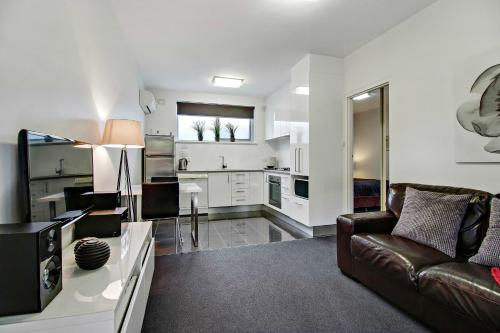 HotelAdelaide DressCircle Apartments - Sussex Street