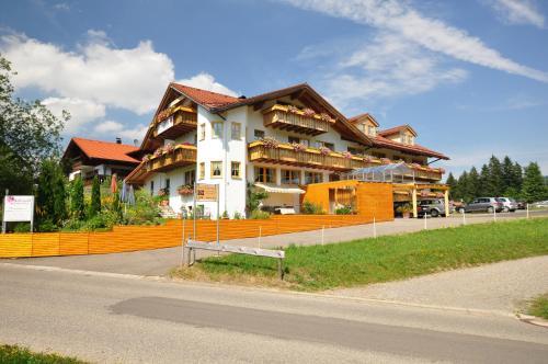 Berghüs Schratt - EINFACH ANDERS - Ihr vegetarisches und veganes Biohotel - Hotel - Oberstaufen