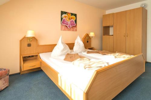 Hotel Zum Lieben Augustin photo 42