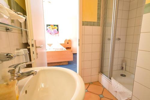 Hotel Zum Lieben Augustin photo 20