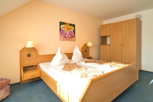 Hotel Zum Lieben Augustin photo 43