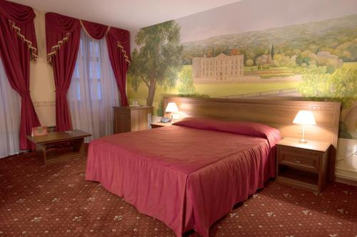 HotelClub-27