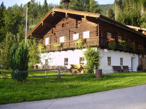 Neues Wohndomizil mit Panoramablick - Flats for Rent in
