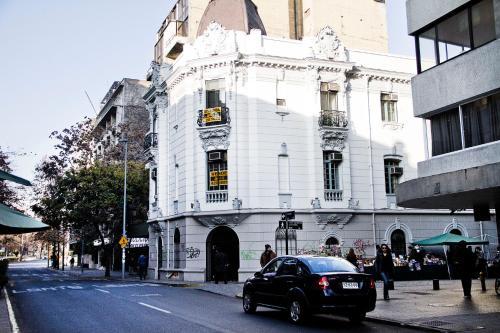 Merced 84, Santiago, Región Metropolitana, Chile.