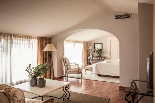 Suite Grand El Rodat Hotel Village Spa 6