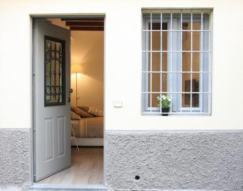 Milano Apartments Sant Agostino Entire Apartment Deals Photos Reviews
