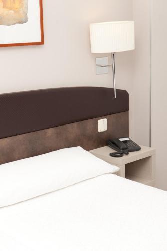 Hotel Villamadrid - image 8