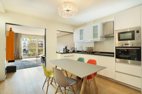 Apartment Neuilly photo 6