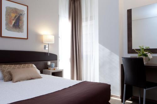Hotel Villamadrid - image 11