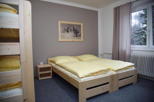 Penzion Kouty - Hotel - Loucná
