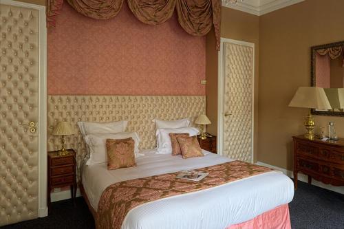 Hotel Claridge Paris photo 42