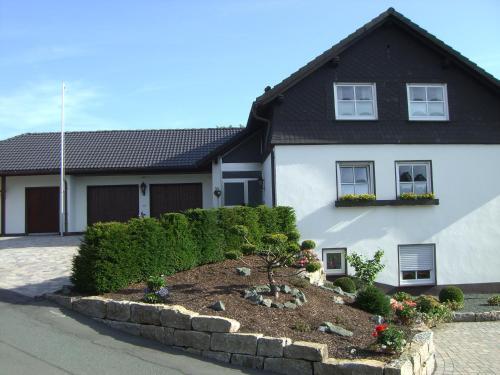 Ferienwohnung Astenpanorama - Apartment - Winterberg