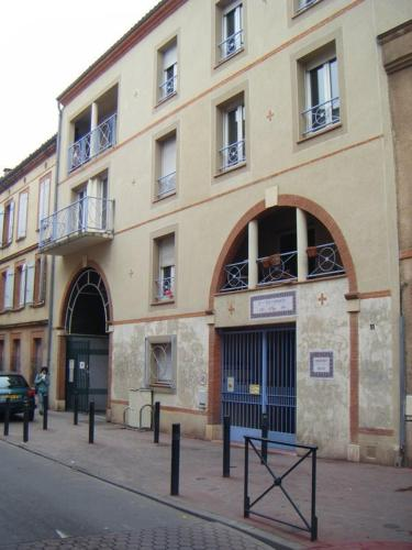 17 rue d'Embarthe, 31000 Toulouse, France.
