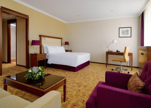 Moscow Marriott Royal Aurora Hotel - image 7