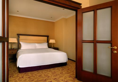 Moscow Marriott Royal Aurora Hotel - image 13