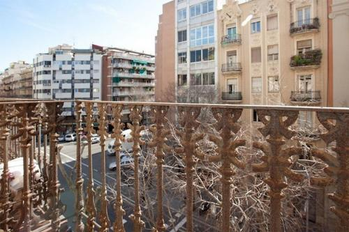 AB Eixample Izquierdo Apartments photo 9