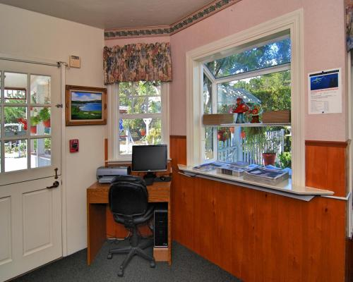 Amazing Bide A Wee Inn And Cottages Pacific Grove Reservations Online Beutiful Home Inspiration Xortanetmahrainfo