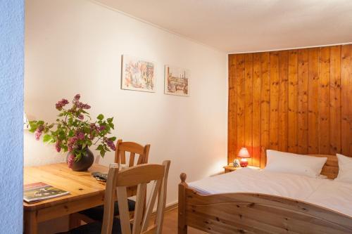 Pension Tannenheim In Schluchsee Room Deals Photos Reviews