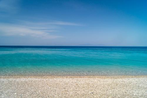 Tsamadou Beach, Kokkari, 83100, Greece.
