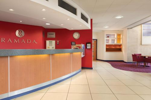 Ramada London North photo 27